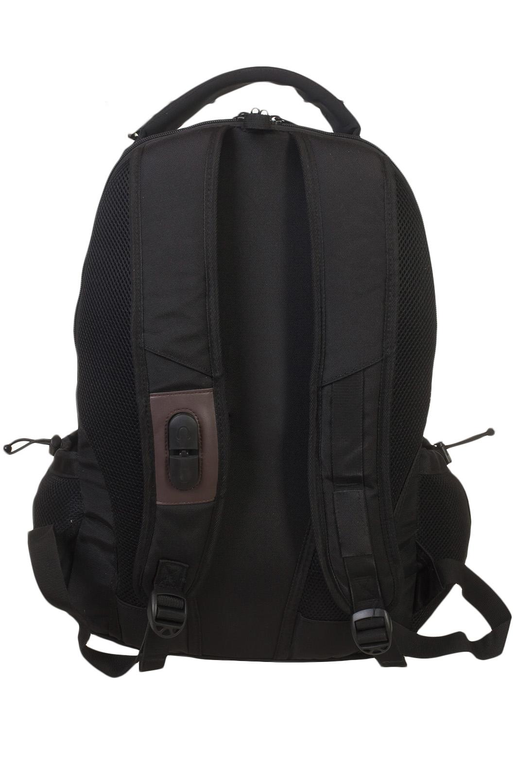 Черный удобный рюкзак с нашивкой ВДВ - заказать по низкой цене