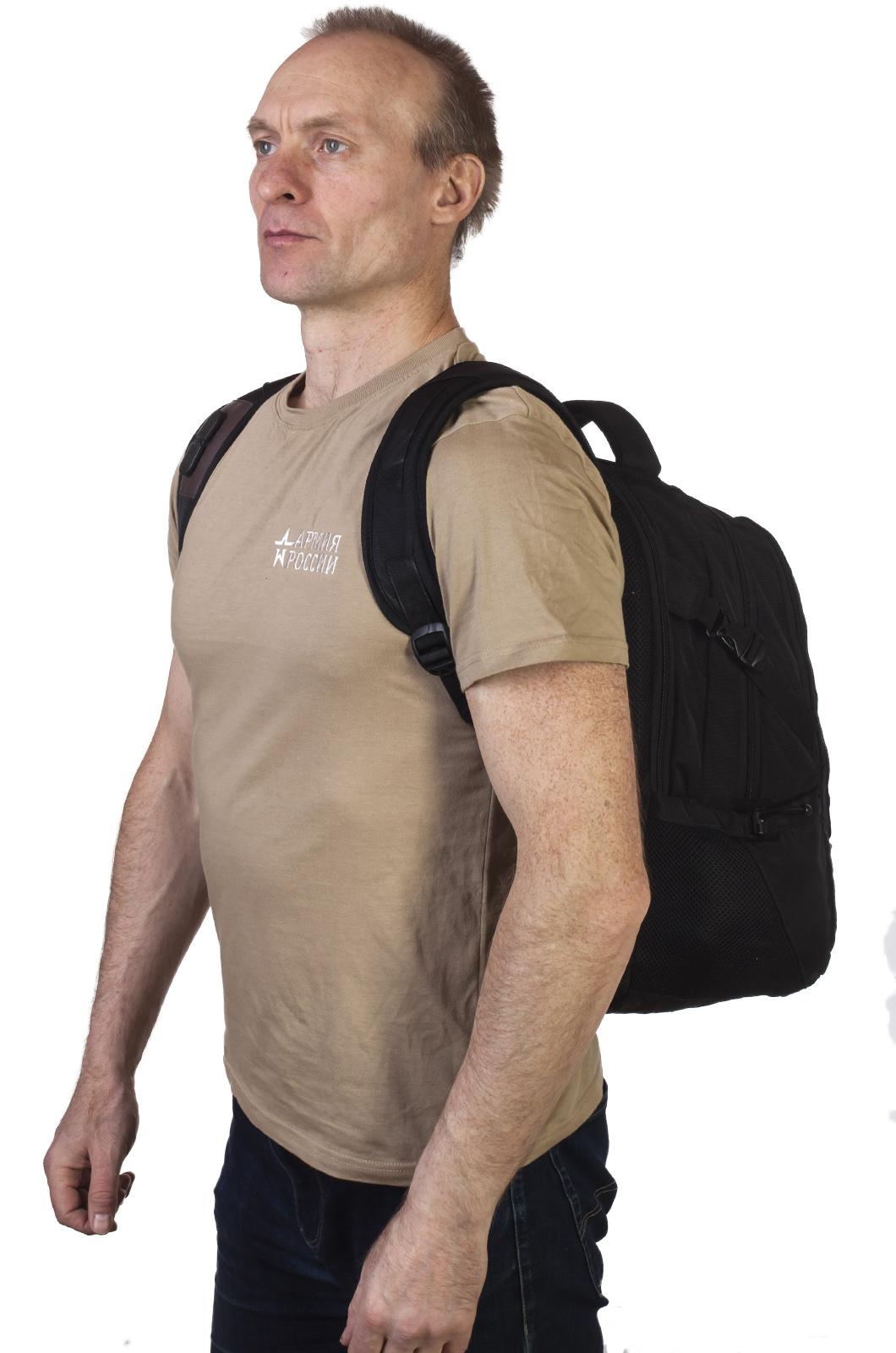 Черный вместительный рюкзак с нашивкой Морская Пехота - купить в подарок