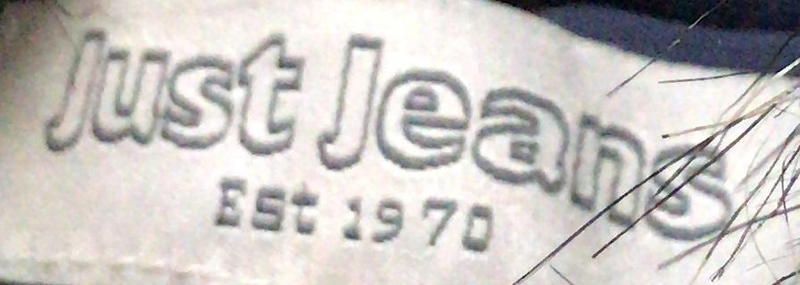 Демисезонная куртка-парка от Just Jeans (Австралия).