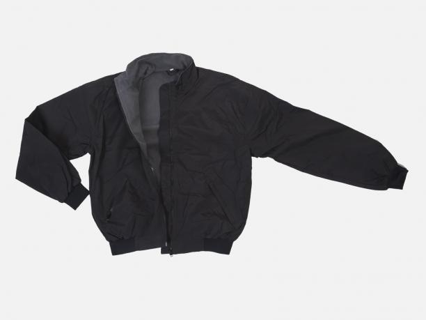 Демисезонная мужская куртка на флисе