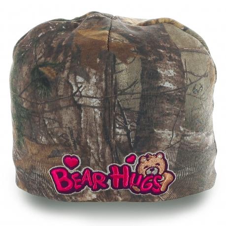 Детская камуфляжная шапка Bear Hugs. Теплая и уютная. Классная модель для юных модниц