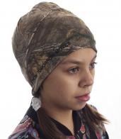 Детская шапка-камуфляж с оригинальной надписью How Tomorrow Moves. Удобная модель, в которой 100% тепло