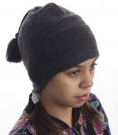 Детская вязаная шапка, утепленная флисом. Модель что надо для юных модниц! И родителям спокойно