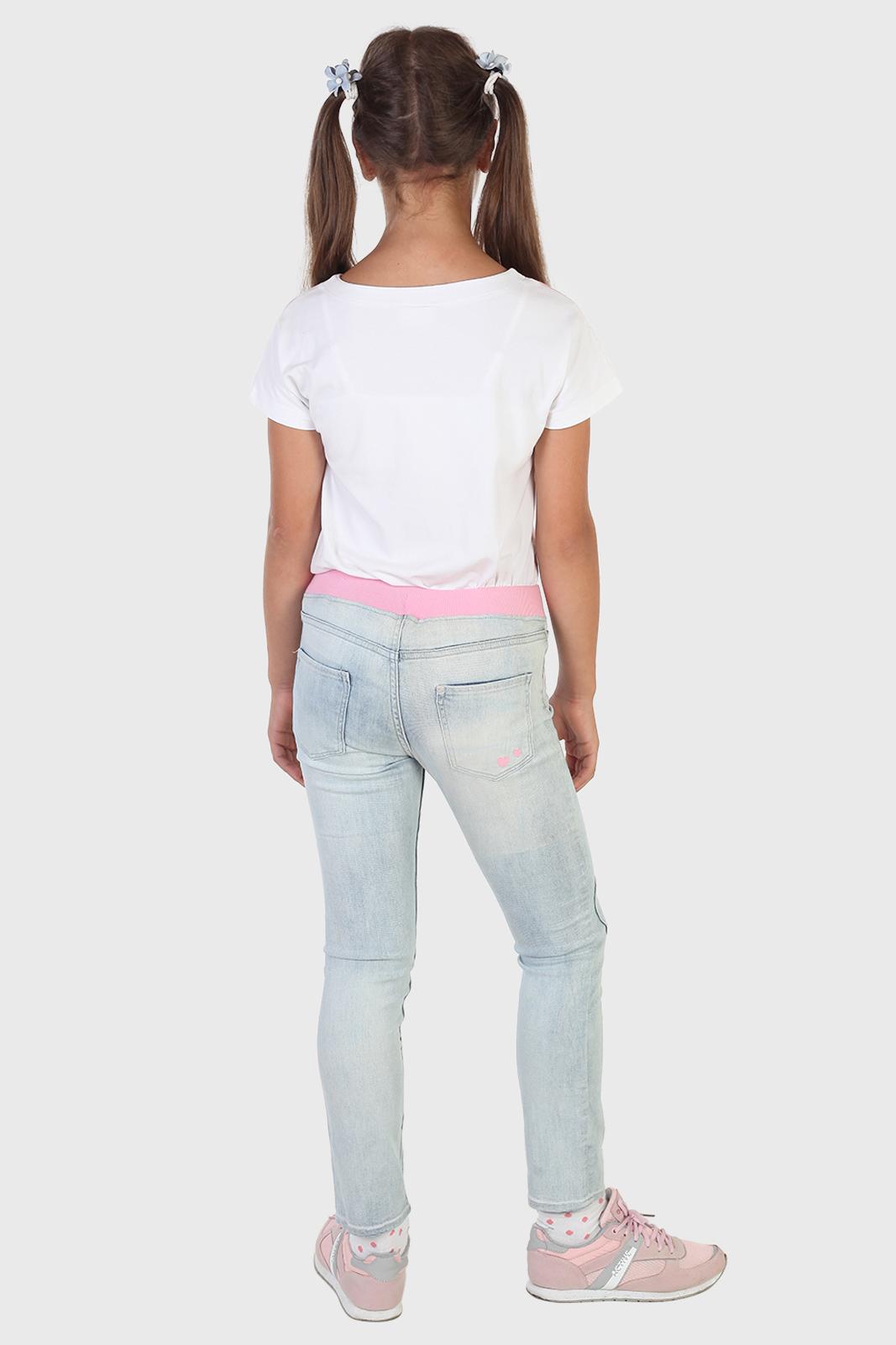 Детские голубые джинсы