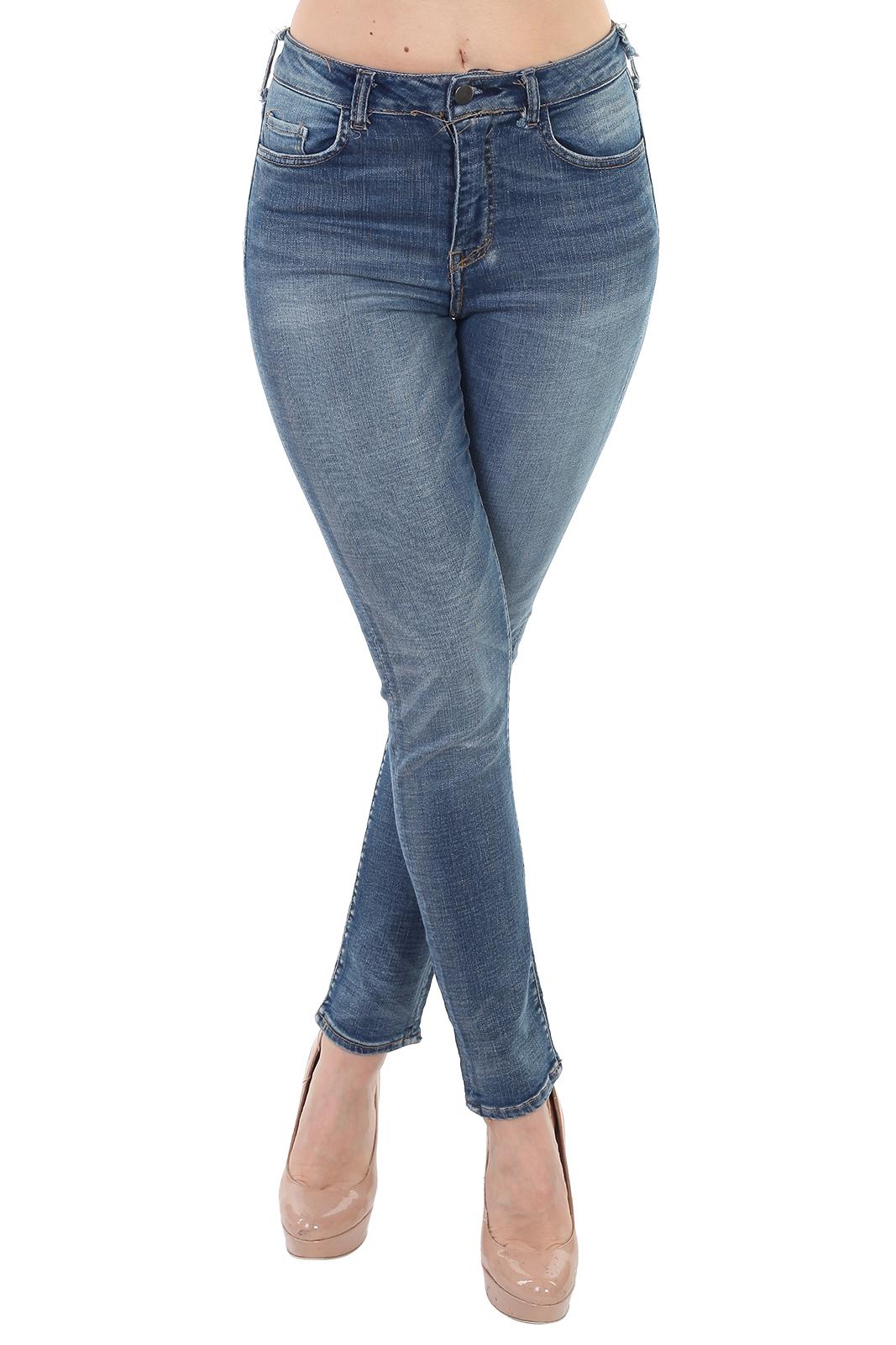 Купить в интернет магазине женские джинсы скинни
