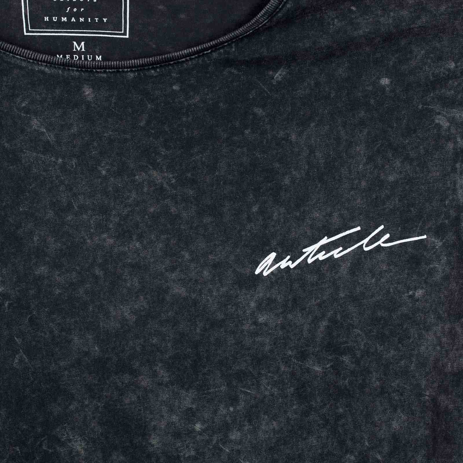 Дизайнерская мужская футболка ARTICLE-принт