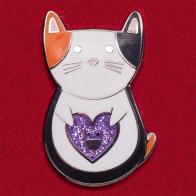 """Дизайнерский значок """"Кот с счастливым лавандовым сердечком"""" от Diglot"""
