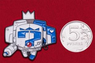 Дизайнерский значок с трансформером от Mike Die