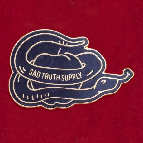 """Дизайнерский значок """"Змей-искуситель"""" от Sad Truth Supply"""