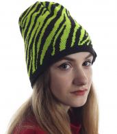 Для обаятельных девушек - модная шапка в полоску. Актуальная модель в оригинальном дизайне. Заказывай и выделяйся!