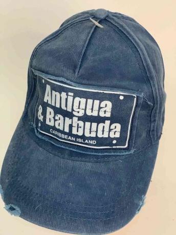 Джинсовая бейсболка Antigua Barbuda