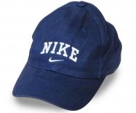 Брендовая бейсболка для наших покупателей. Деним высокого качества, стильный фасон, аккуратная изнанка. Заказывай, не дожидаясь сезонного повышения цен