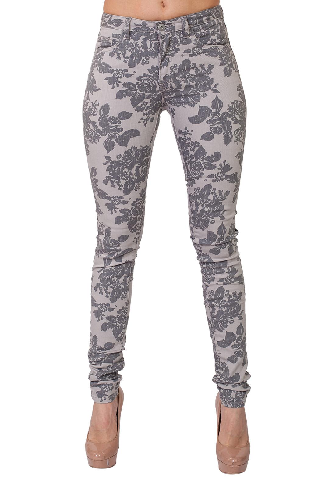 Женские джинсы скинни в цветочный принт