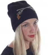 Эффектная женская шапка в гранж-дизайне! Мягкий флис согреет, черный цвет подойдет под любую осенне-зимнюю одежду, стразы выделят тебя из серой городской толпы. Одевайся без правил!
