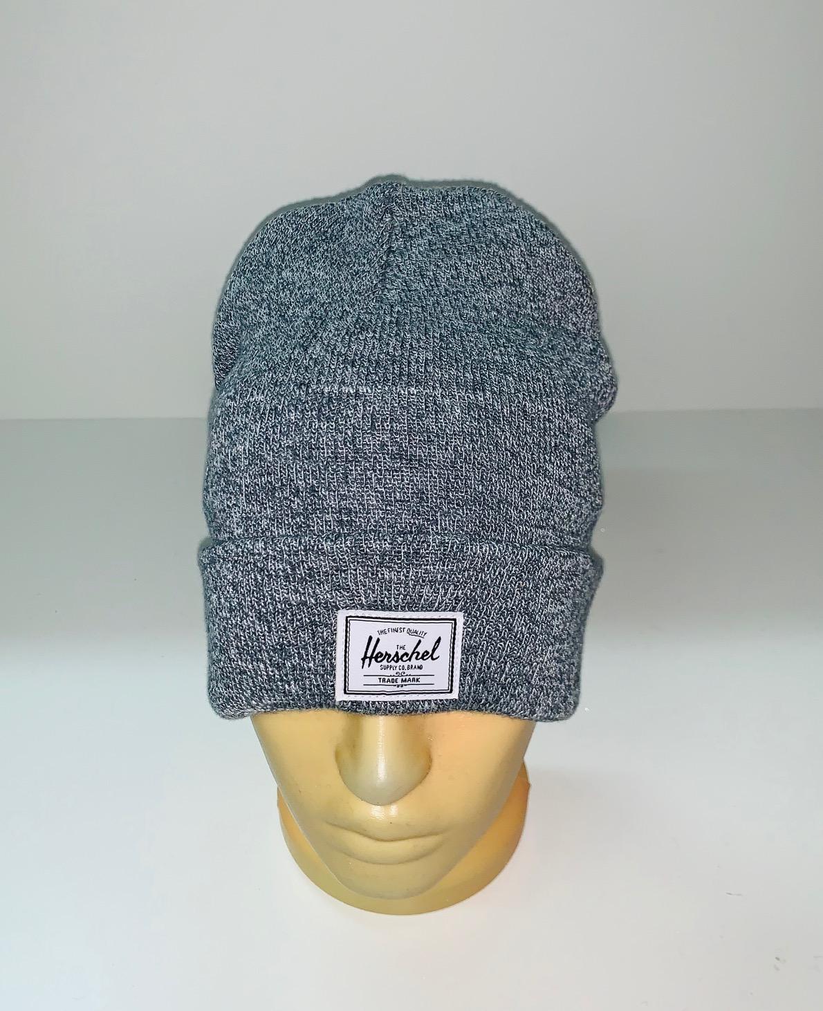 Эксклюзивная серая шапка