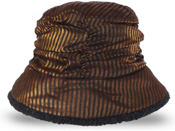 Эксклюзивная шапка, утепленная флисом. Роскошная модель для модных девушек