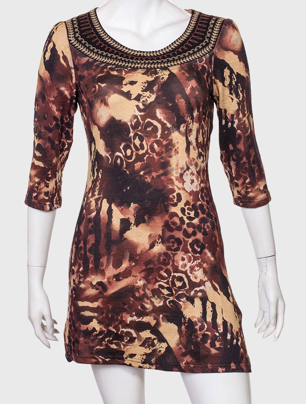 Экстравагантное женское платье с изумительным принтом от Mechant