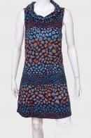 Экстравагантное женское платье с воротником-хомутом от Angle