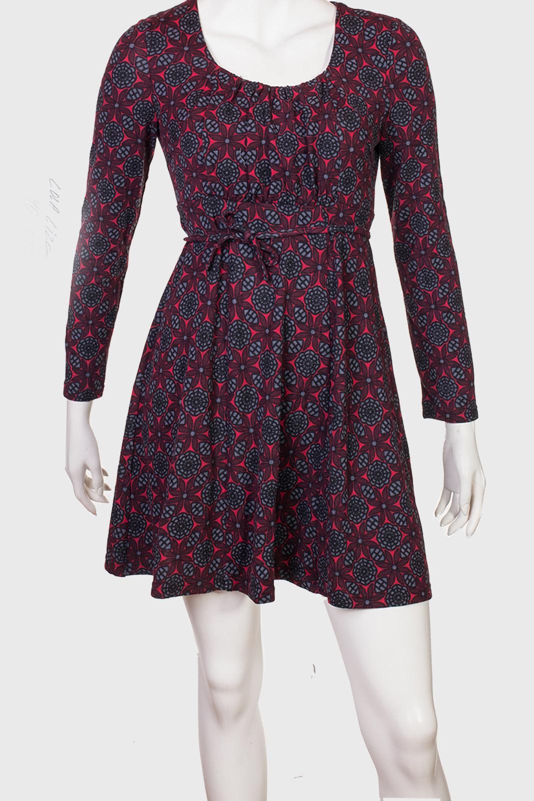Элегантное приталенное платье-туника от Lola & Lisa