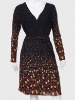 Элегантное женское платье с большим запахом от No Name