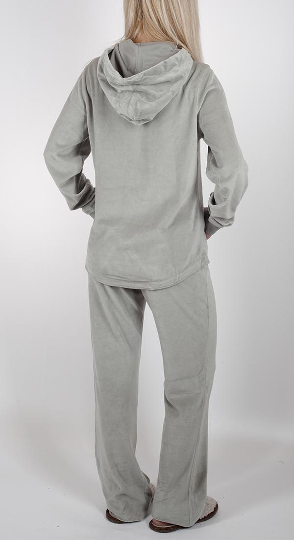Купить велюровый женский костюм для дома