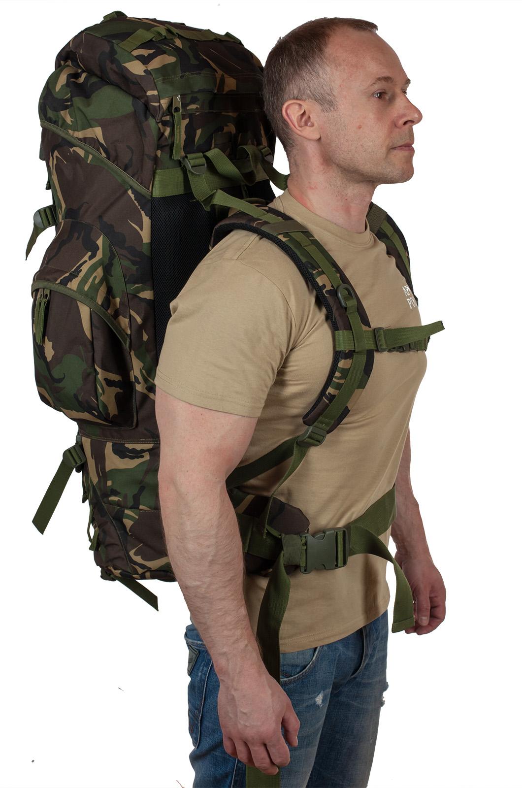 Эргономичный туристический рюкзак с рыбацкой нашивкой купить в подарок