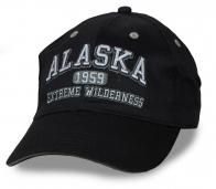 Для парней и мужчин, которым чужд гламур и выпендрёж! Фирменная черная бейсболка ALASKA – добротный пошив, люверсы для вентиляции, регулятор объема