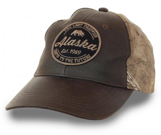 Бейсболка Аляска – фирменная тематическая вышивка, плотный козырек, гипоаллергенный хлопок. Заказывай кепку с символикой штата, удалённого от России всего на 3,5 км