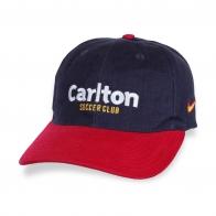 Фирменная бейсболка Carlton.