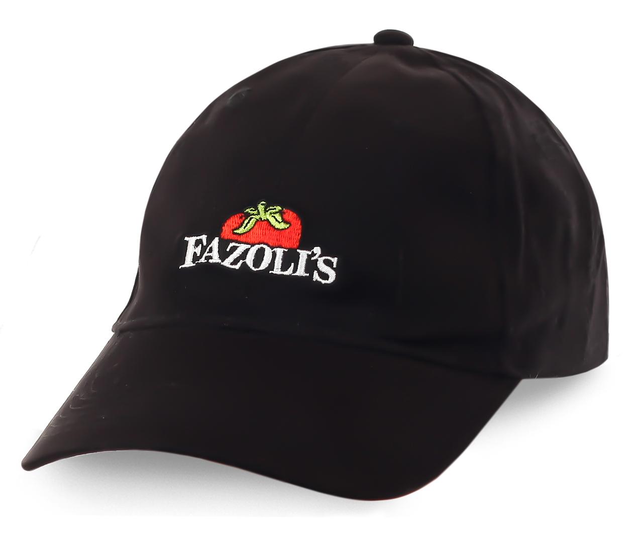 Фирменная бейсболка итальянского ресторана Fazolis - насыщенный цвет, узнаваемый логотип, приятная цена