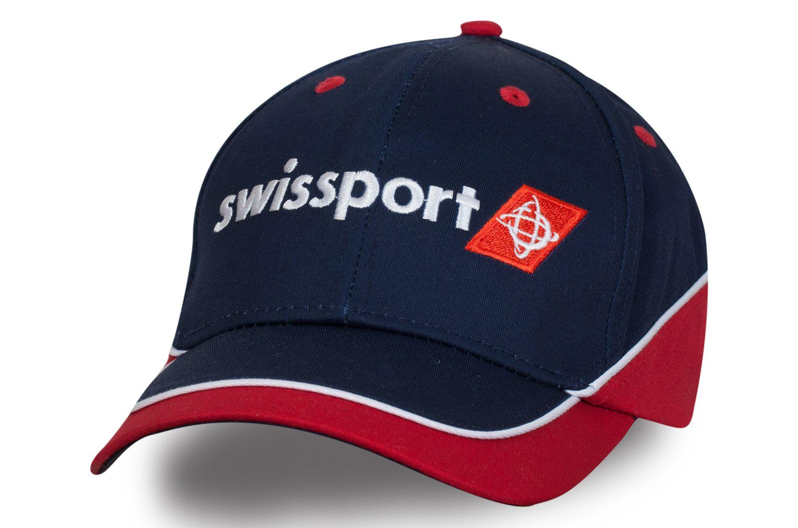 Фирменная бейсболка с логотипом