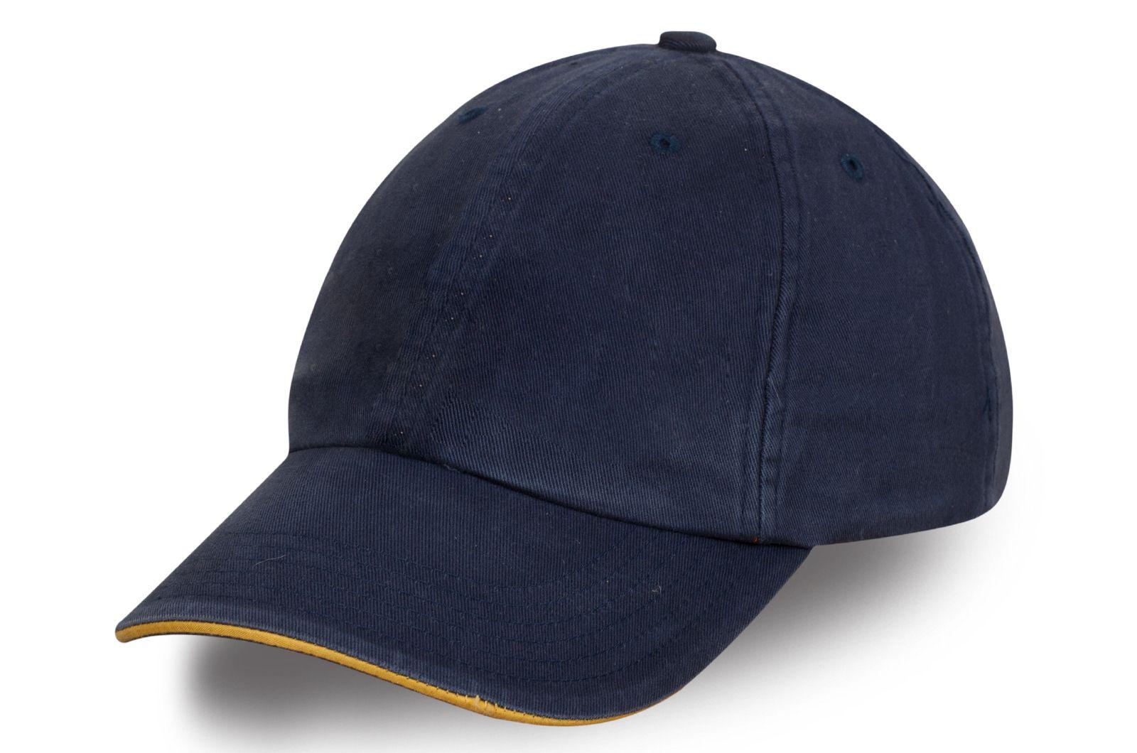 Фирменная бейсболка темно-синяя