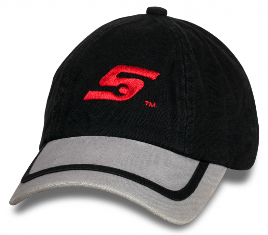 Фирменная кепка-бейсболка с логотипом.
