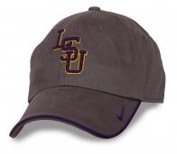 Фирменная кепка LSU