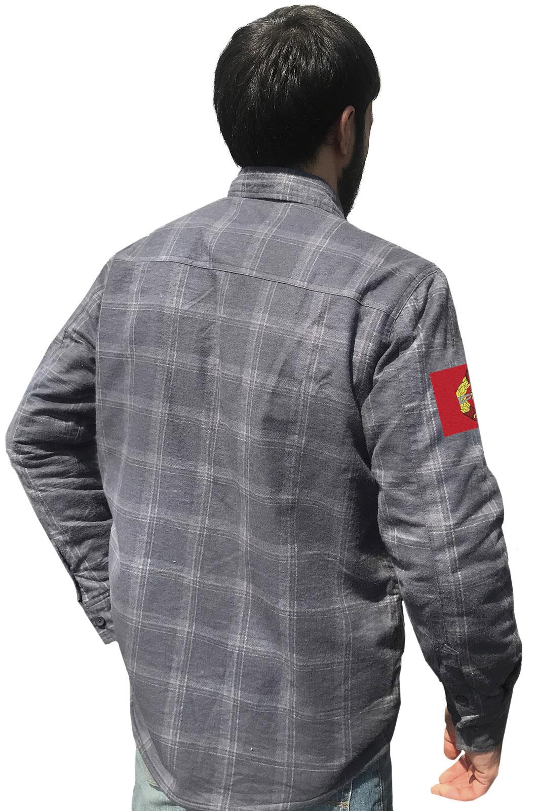 Купить фирменную клетчатую рубашку с вышитым шевроном Спецназ ВВ РФ в подарок любимому