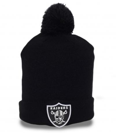 Фирменная мужская шапка Raiders. Непринужденная модель с помпоном для спорта и активного отдыха