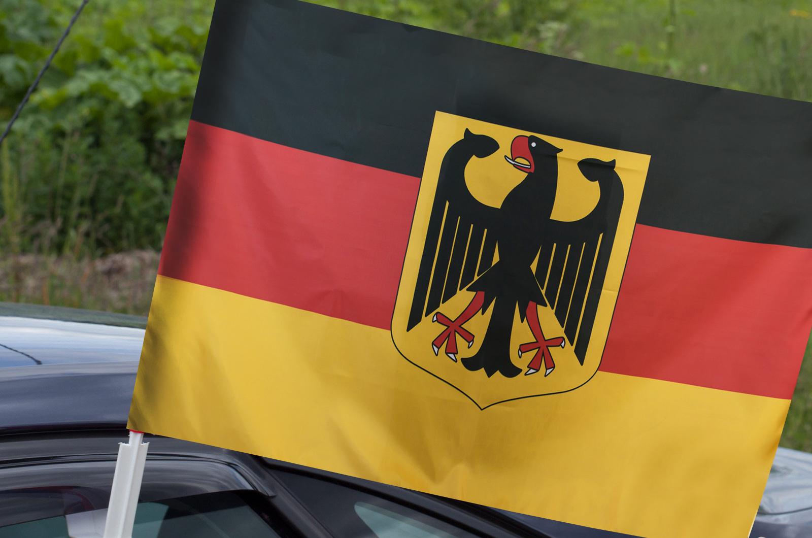 Флаг Германии на машину