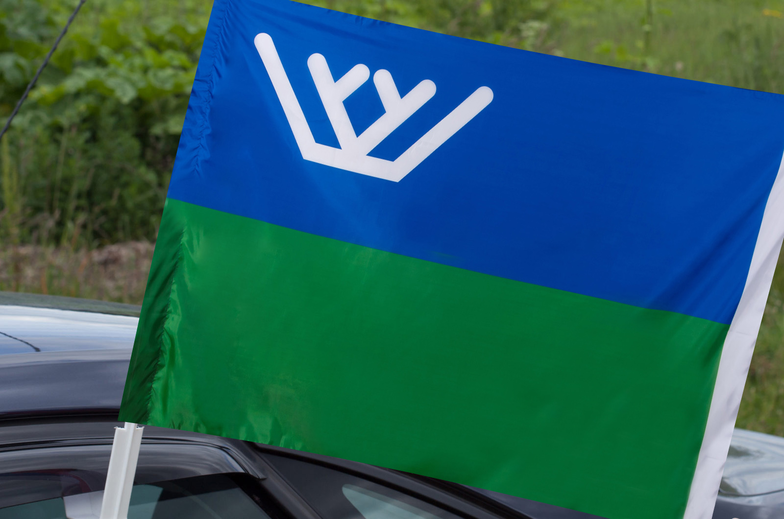 Флаг Ханты-Мансийского АО на авто
