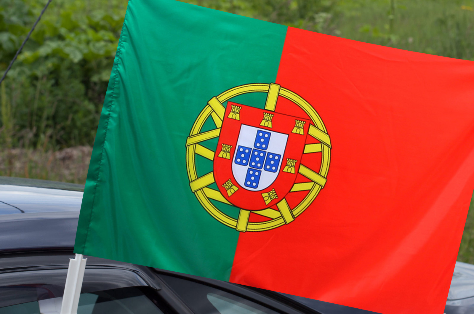 Флаг Португалии на машину