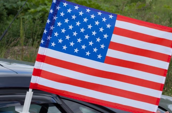 Флаг США на машину