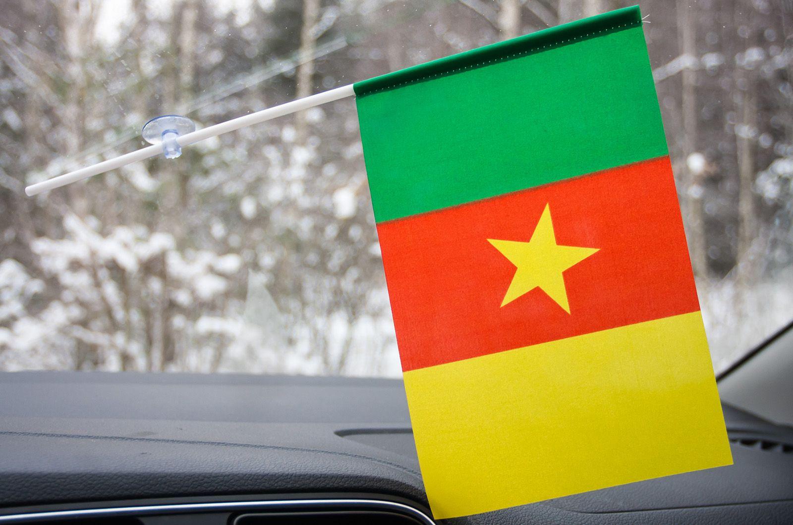 Флажок Камеруна с присоской