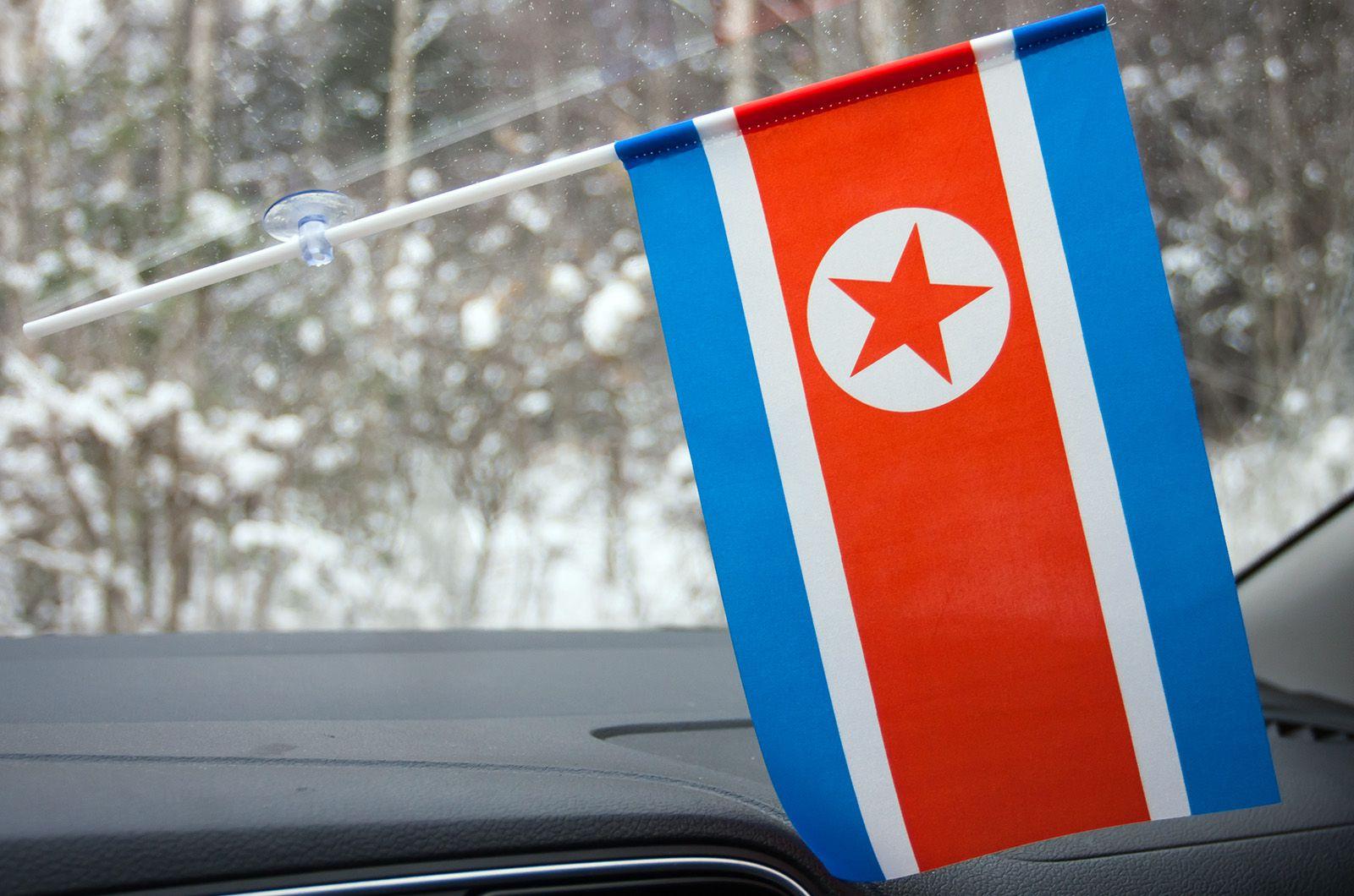 Флажок Северной Кореи на присоске