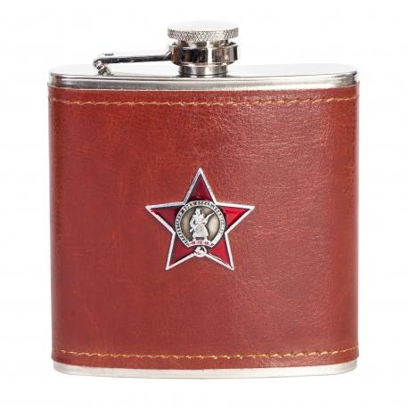 Плоская фляжка в кожаном чехле с Орденом Красной Звезды