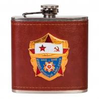 Карманная фляжка в кожаном чехле с шильдом ВМФ СССР.