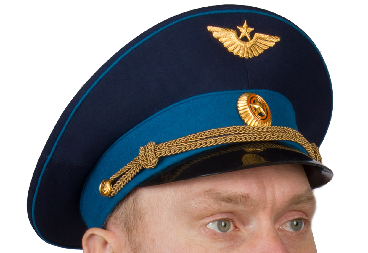 Офицерская фуражка ВКС с кокардой