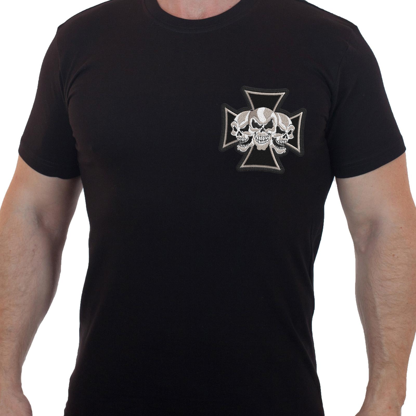 Фирменные футболки для байкеров – вышивка с черепом