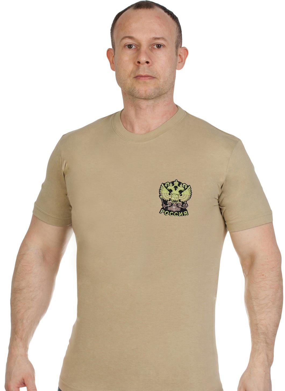Купить футболку надежную мужскую с вышитым полевым Гербом России выгодно онлайн