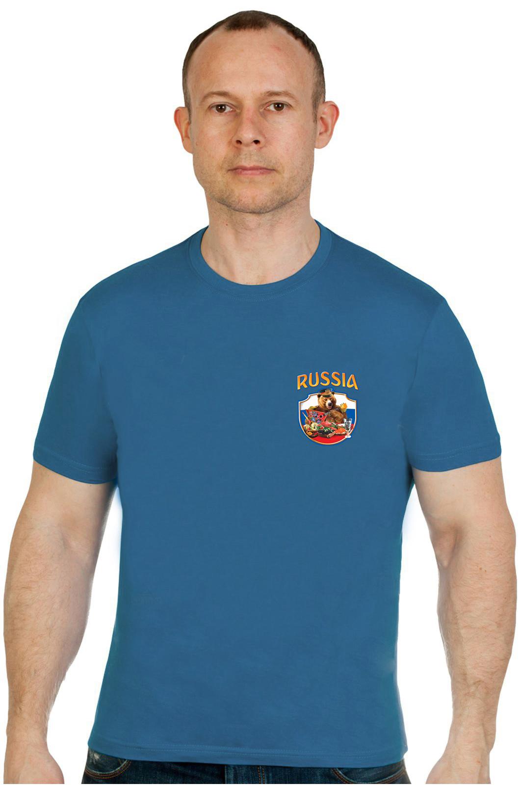 Заказать футболку сувенирную RUSSIA Мишка за столом по лояльной цене