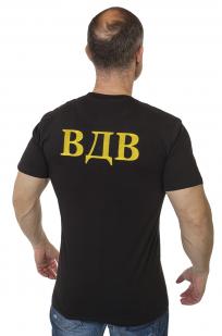 Черная футболка ВДВ с вышитой эмблемой