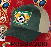 Футбольная бейсболка с логотипом.